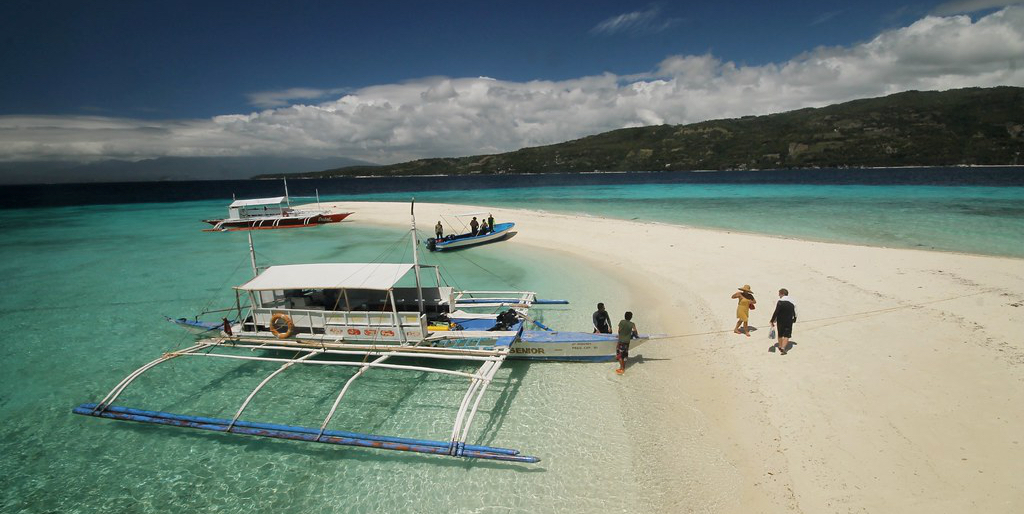 Featuring the White Sands Beach is inCebu